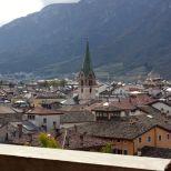 Otra vista de la ciudad desde el castello