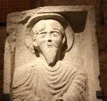 Tallas en piedra del siglo XII. C. de Buon Consiglio