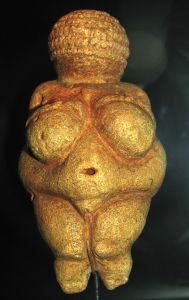 800px-Willendorf-Venus-1468